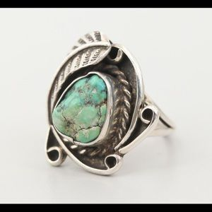 Ladies southwestern sterling silver turquoise ring